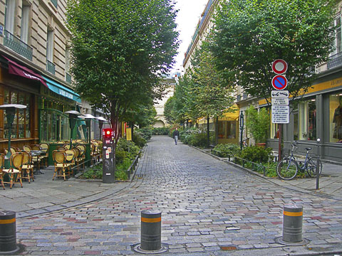 http://www.carfree.com/cft/ParisPedestrianStreet2b-480.jpg